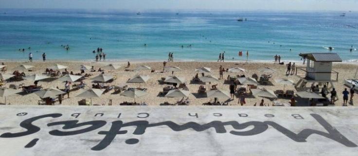 0fg3-mamitas-beach-club-slider